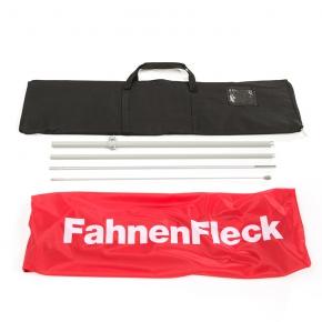 Lieferumfang: Flaggentuch, Stangenset und Transporttasche
